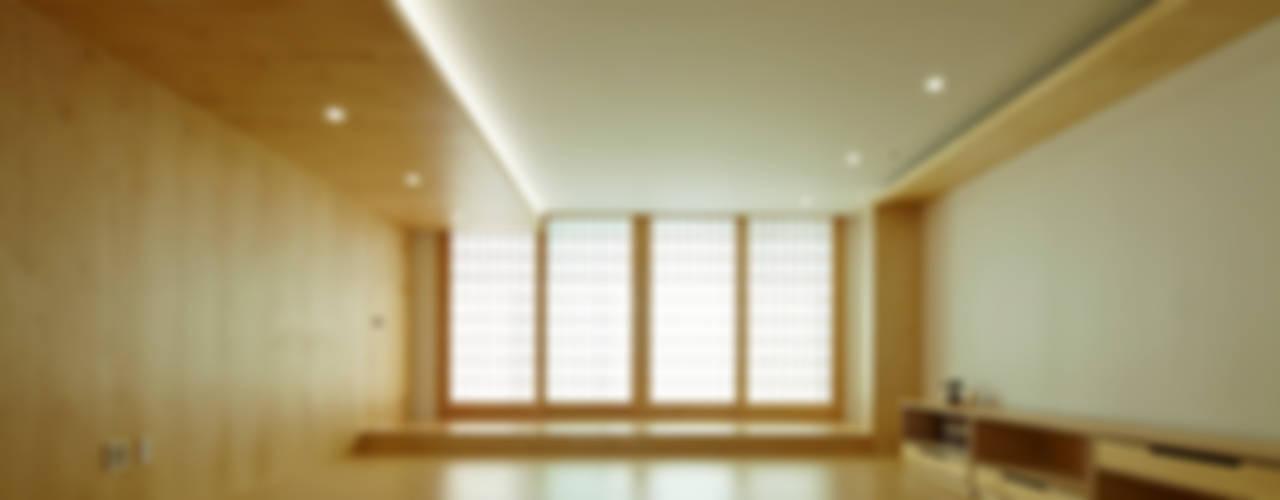 상인동 아파트인테리어 모던스타일 거실 by 스마트건축사사무소 모던