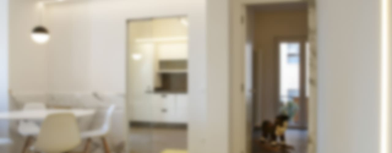 CASA SUL LITORALE [2015] Sala da pranzo moderna di na3 - studio di architettura Moderno