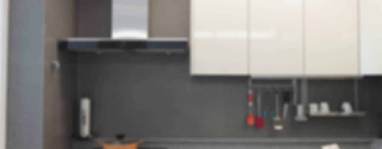 일산 강선마을 벽산아파트 58평형: MID 먹줄의  주방