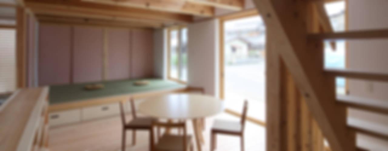 Ruang Makan by 芦田成人建築設計事務所