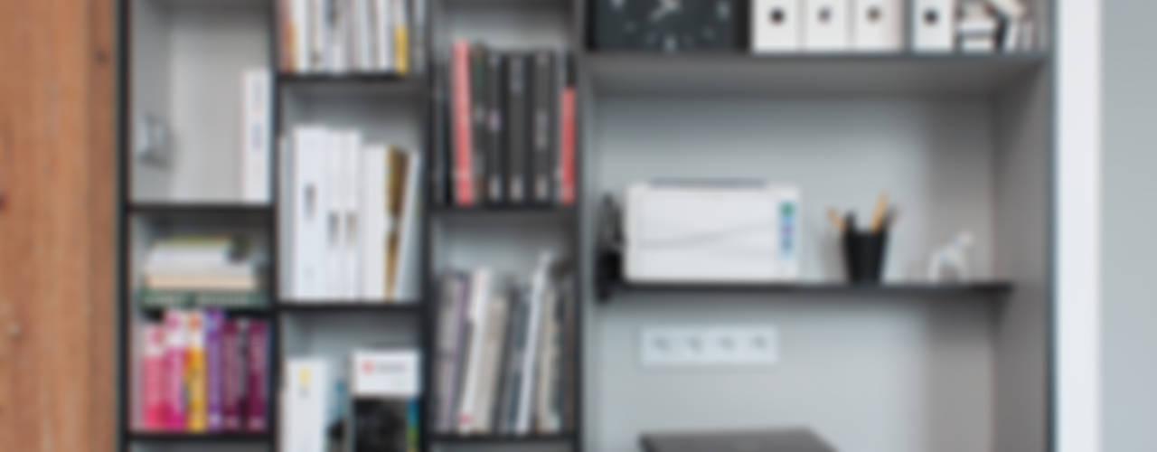 Estudios y despachos de estilo escandinavo de Kraupe Studio Escandinavo