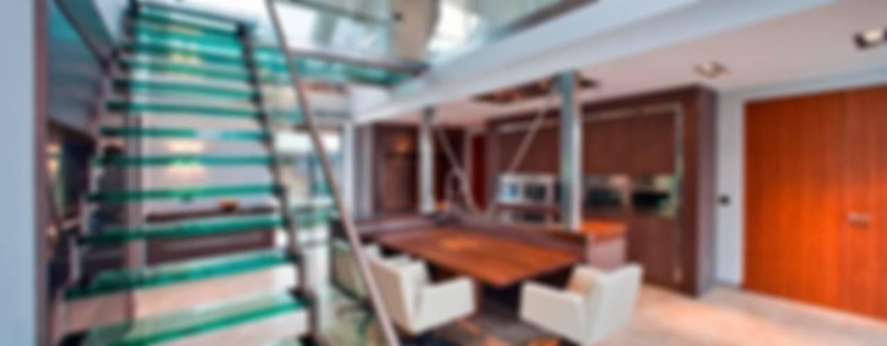 Glazen trap:  Eetkamer door Buys Glas,