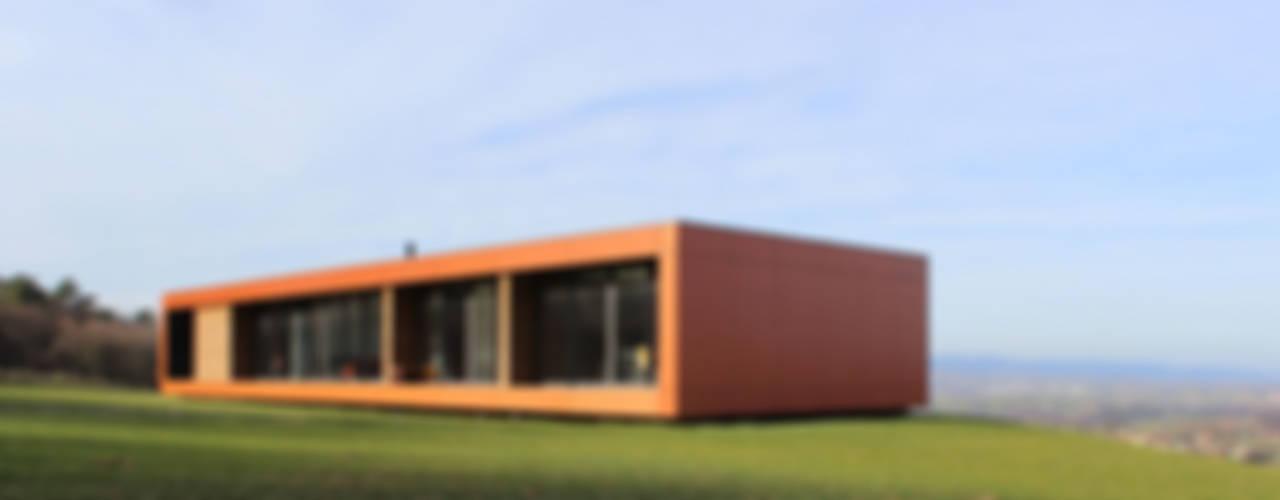 Maison bois et paille Maisons modernes par Gallet - Architectes Moderne