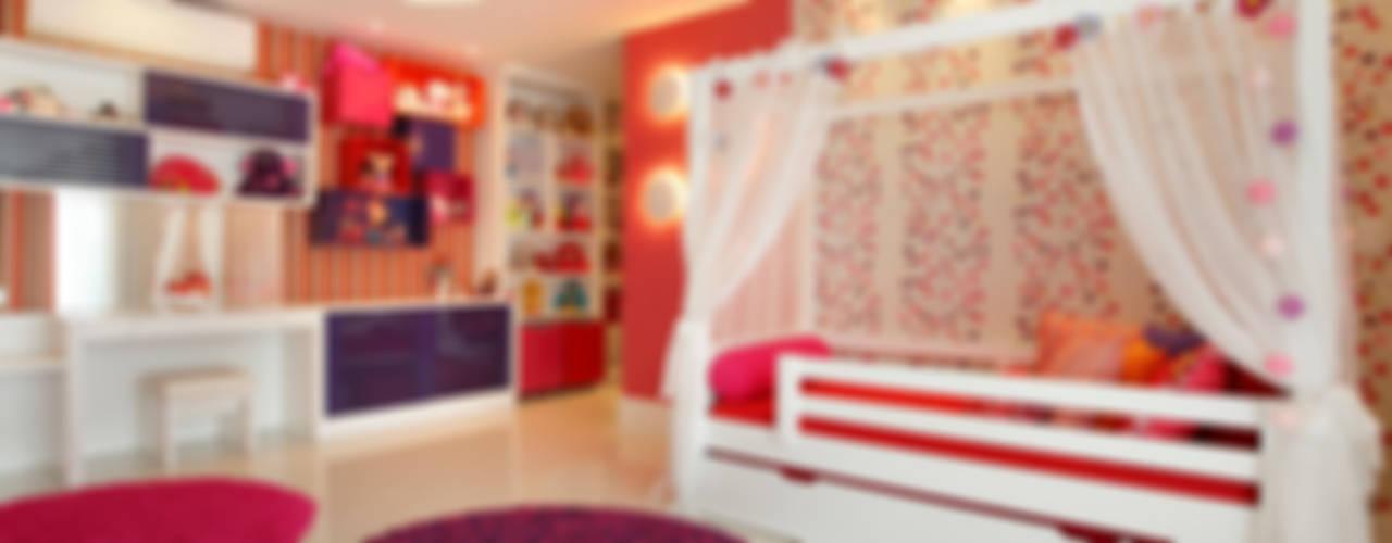 Cuartos infantiles de estilo moderno de Studio Claudia Pimenta e Patricia Franco Decoração de Interiores Moderno