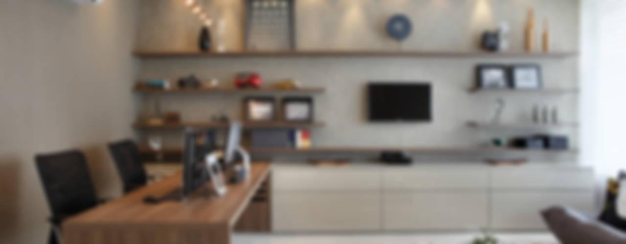 Projekty,  Domowe biuro i gabinet zaprojektowane przez Arquitetura e Interior, Nowoczesny