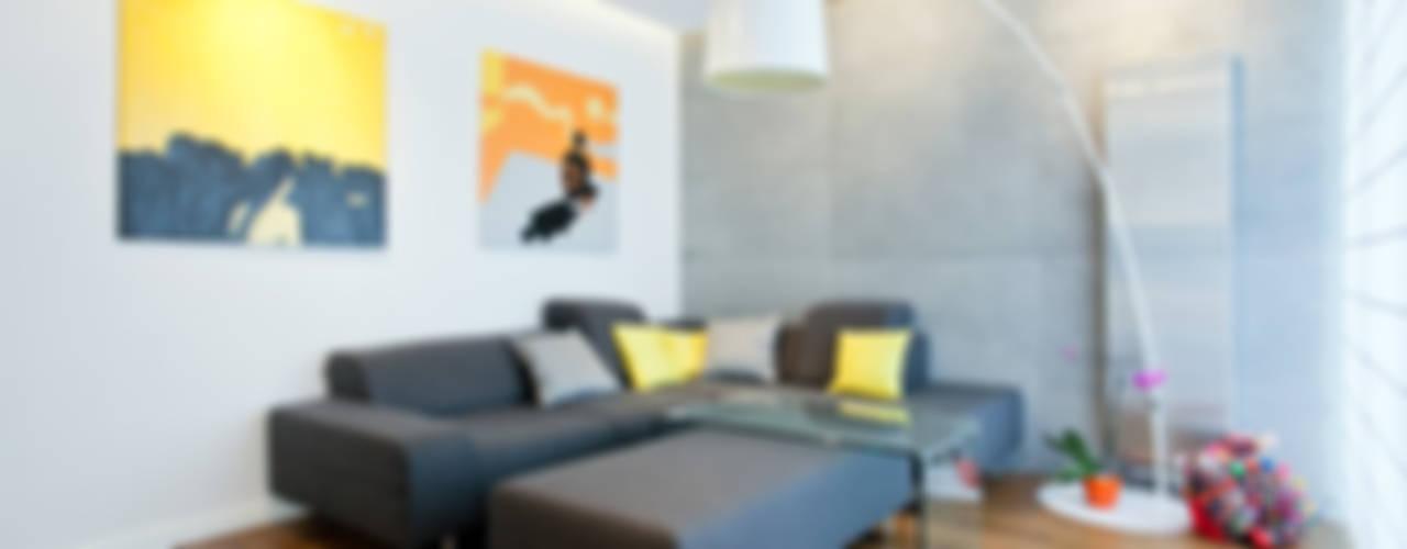 Salas de estilo minimalista de Lidia Sarad Minimalista