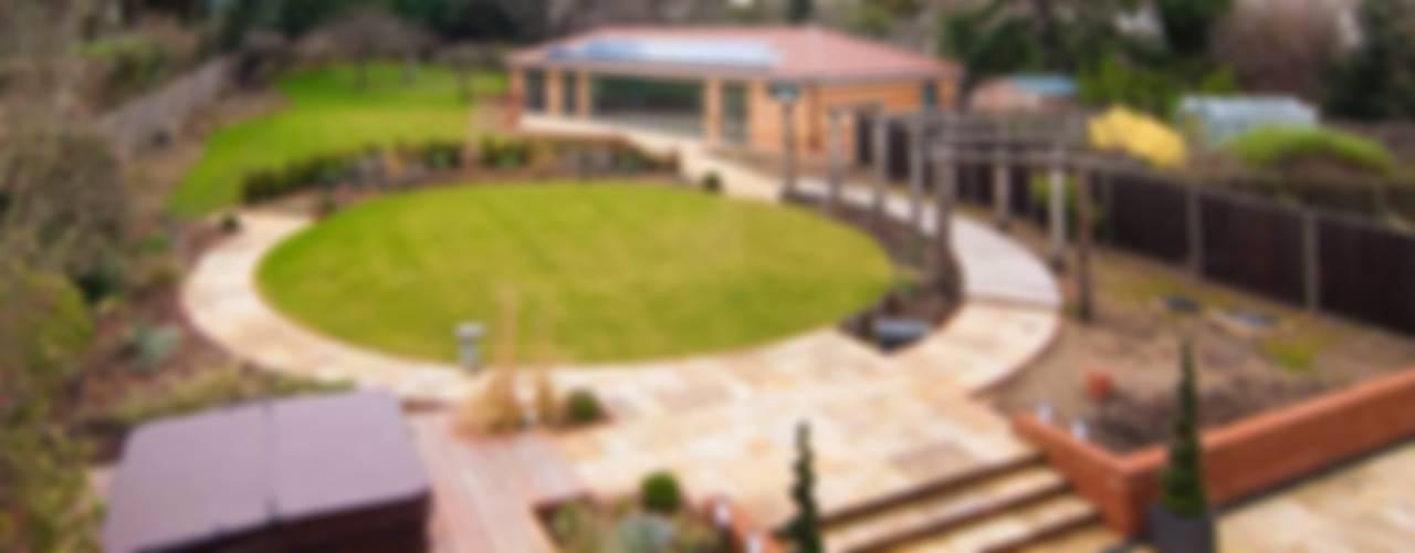 Myddelton Gardens by Bradley Van Der Straeten Architects