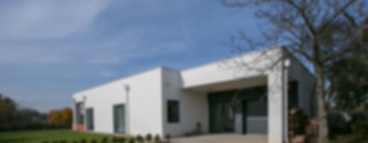 Casas modernas de Anna Kukawska - Architekt Moderno