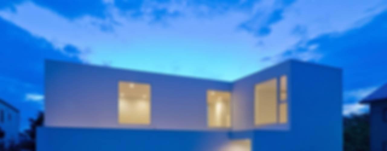 3×10 Court house: e do design 一級建築士事務所が手掛けた家です。,モダン