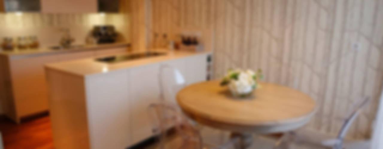 Decoración interior de duplex acogedor, Sube Susaeta Interiorismo - Sube Contract Comedores de estilo clásico de Sube Susaeta Interiorismo Clásico