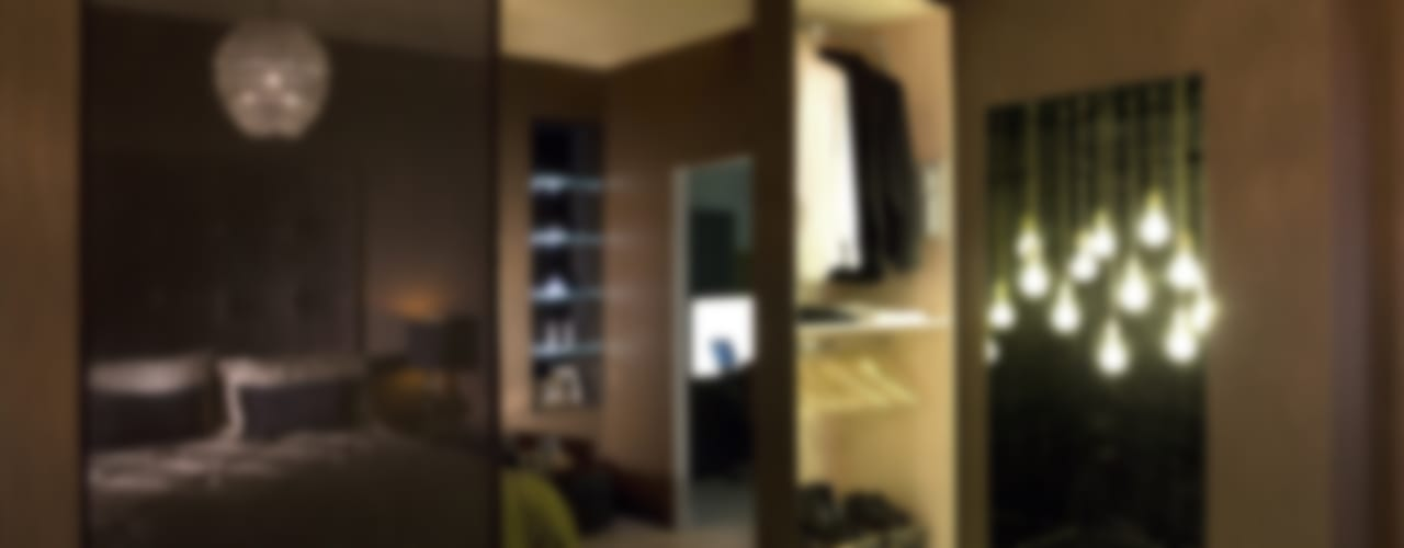 Ultra gloss chocolate bedroom suite 根據 Urban Myth 現代風
