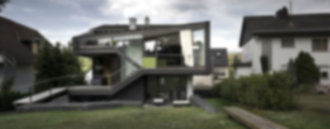 4 in 1 Generationen Haus im Goldenen Grund Moderne Häuser von reinhardtjung Modern