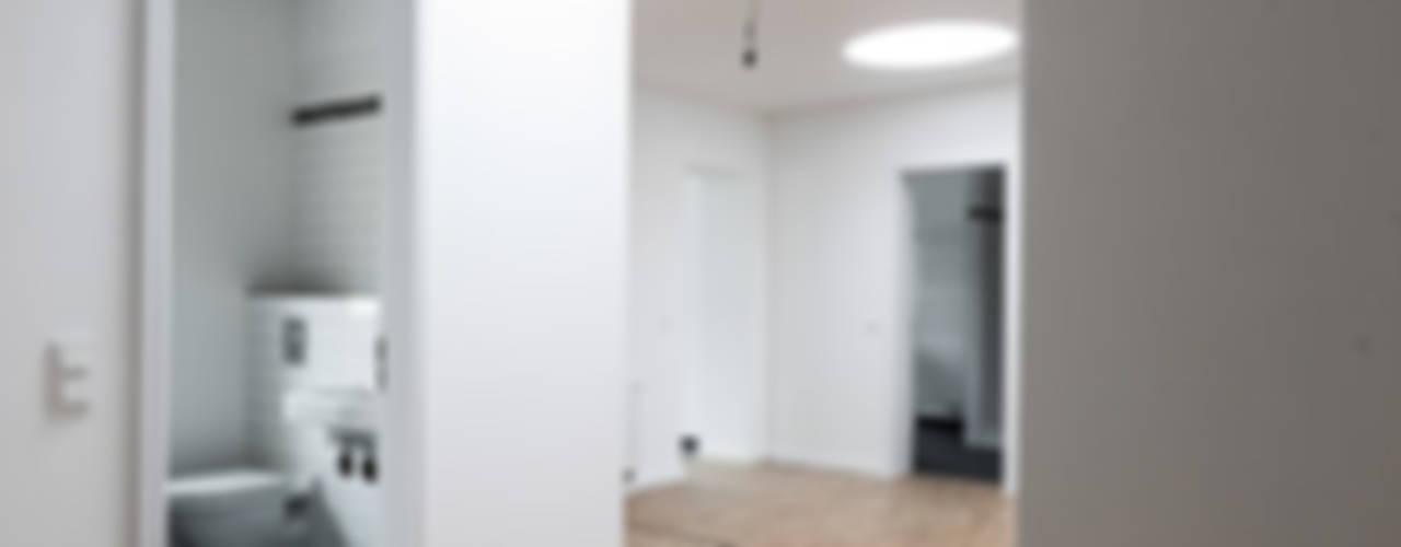 Brandenburgische Straße 46, 10707 Berlin:  Flur & Diele von Becker + Hofstätter, Projektsteuerung und Controlling GmbH & Co. KG