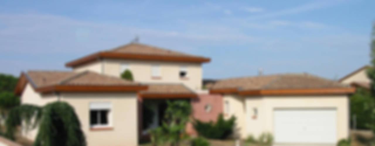 BIEN ETRE Maisons méditerranéennes par MFP ARCHITECTEURS Méditerranéen