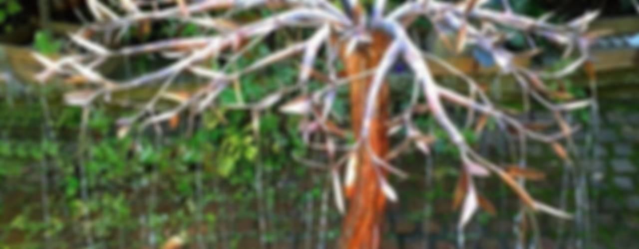 Metallic Garden:  tarz
