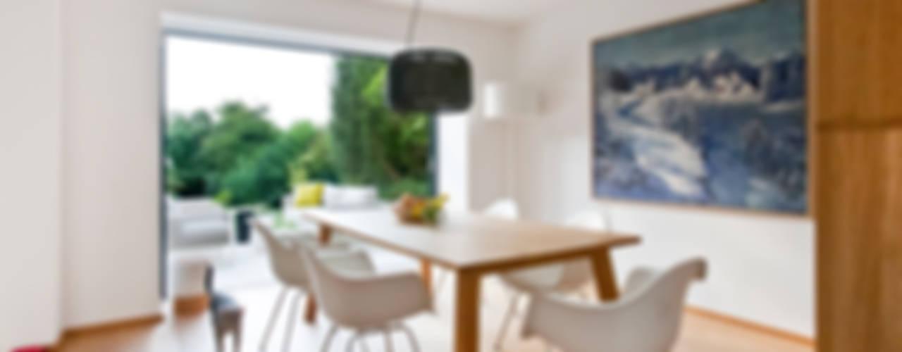 Salas de jantar minimalistas por Franz&Sue Minimalista