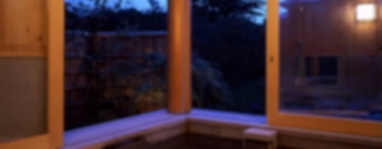 那須高原の家 クラシックスタイルの お風呂・バスルーム の TAMAI ATELIER クラシック