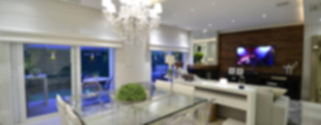 Comedores de estilo  por Tania Bertolucci  de Souza  |  Arquitetos Associados