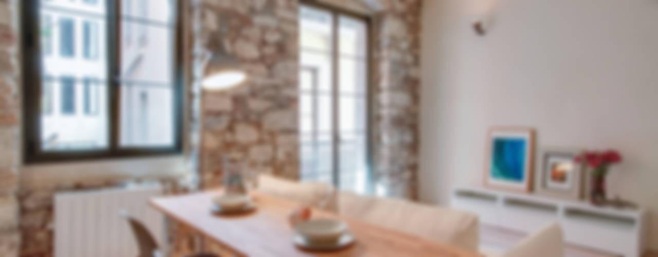 PROMOCIÓN 4 LOFTS Comedores de estilo mediterráneo de Lara Pujol | Interiorismo & Proyectos de diseño Mediterráneo