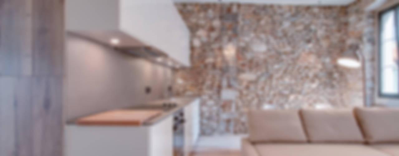 Projekty,  Kuchnia zaprojektowane przez Lara Pujol  |  Interiorismo & Proyectos de diseño