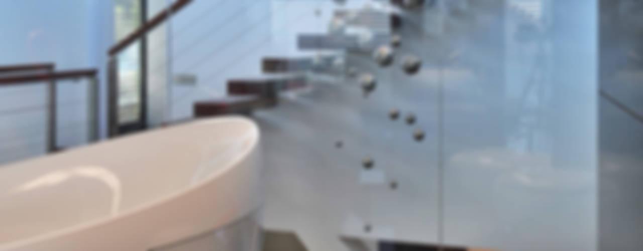 ห้องน้ำ โดย RS+ Robert Skitek, โมเดิร์น