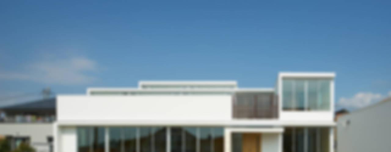 甲斐の家: MAMM DESIGNが手掛けた家です。,ミニマル