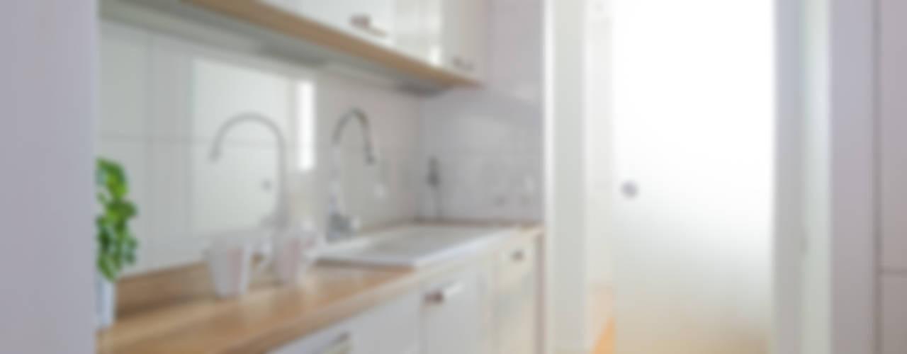 Cozinhas modernas por Jacek Tryc-wnętrza Moderno