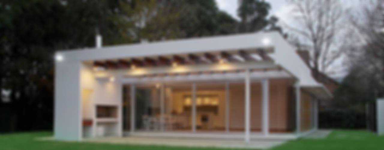 現代房屋設計點子、靈感 & 圖片 根據 METODO33 現代風