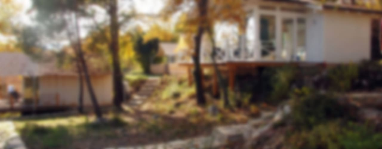 Modern houses by SAKLI GÖL EVLERİ Modern