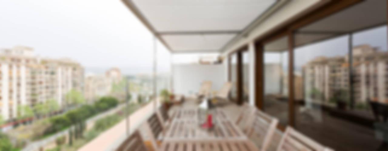Projekty,  Ogród zimowy zaprojektowane przez RM arquitectura, Skandynawski