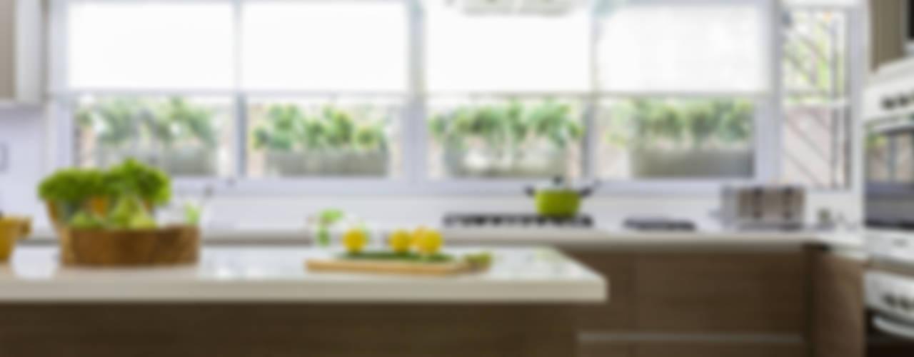 CASA BELGRANO Cocinas modernas: Ideas, imágenes y decoración de GUTMAN+LEHRER ARQUITECTAS Moderno