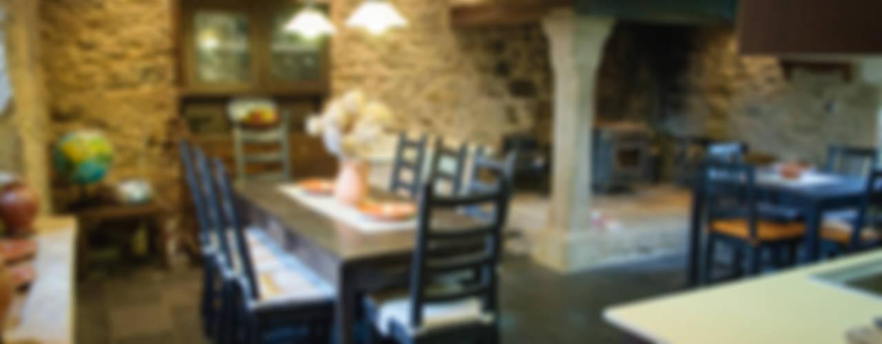 Landhaus Küchen von Intra Arquitectos Landhaus