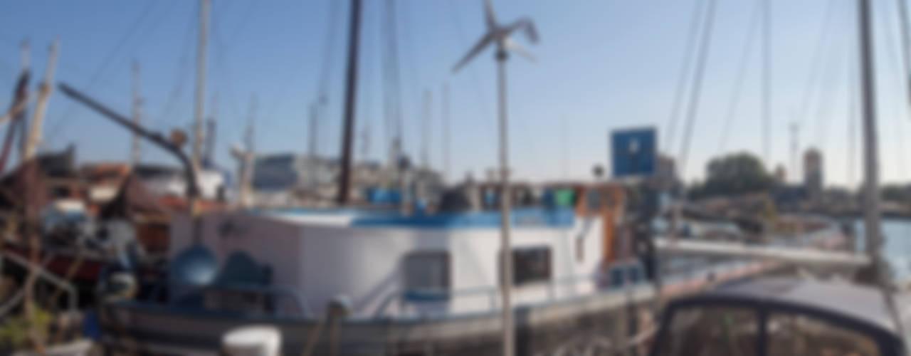 WOONSCHIP LA GONDOLA Moderne jachten & jets van HOYT architecten Modern