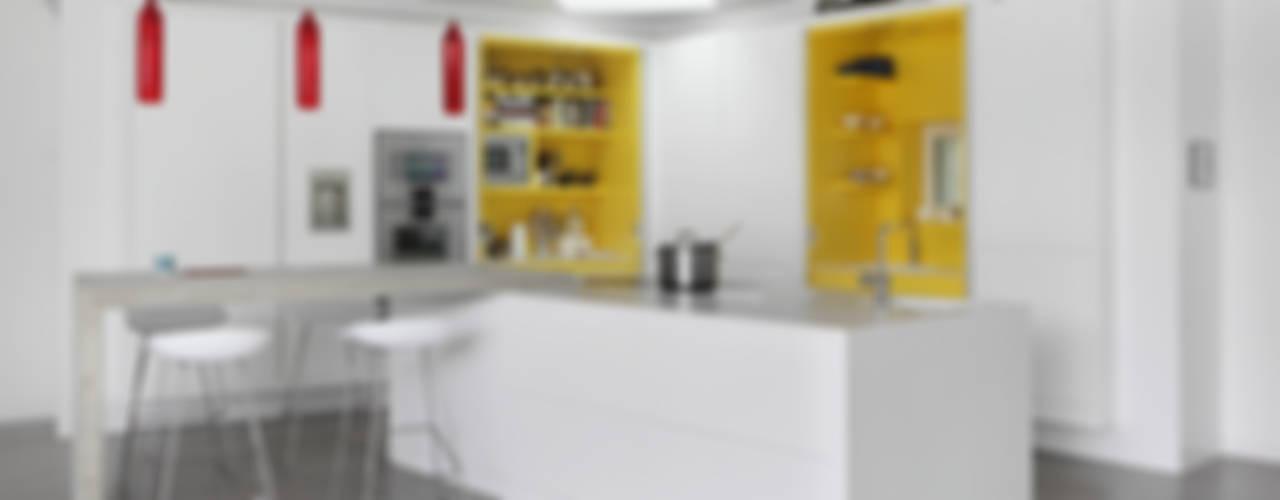 THE PAVILION ECO HOUSE BLACKHEATH Cucina moderna di E2 Architecture + Interiors Moderno