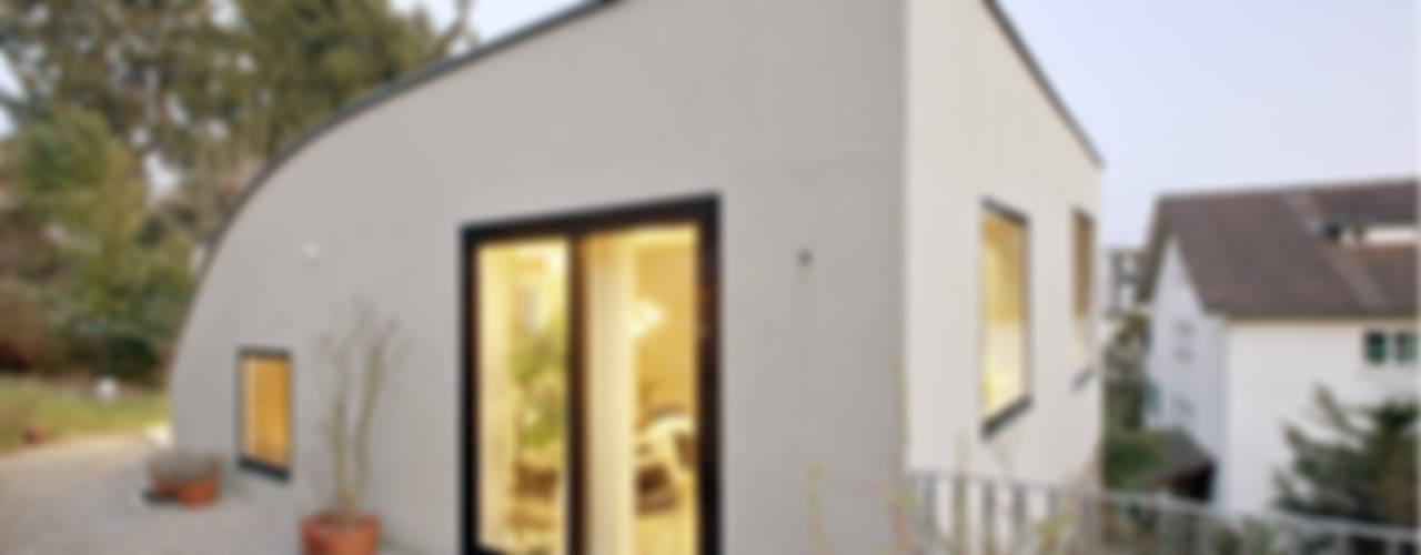 Projekty, nowoczesne Domy zaprojektowane przez LENGACHER EMMENEGGER PARTNER AG