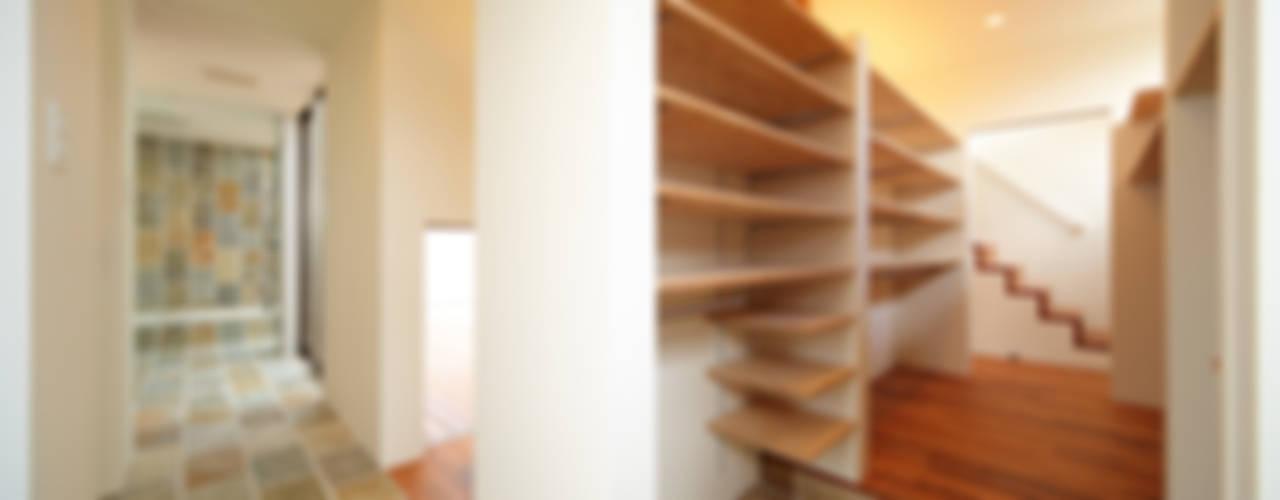 haus-vila 和風の 玄関&廊下&階段 の 一級建築士事務所haus 和風