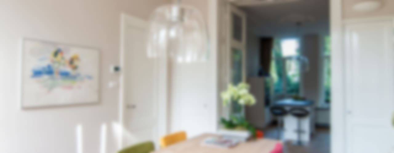 Столовая комната в классическом стиле от Lumen Architectuur Классический