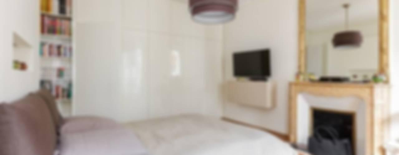 Dormitorios modernos: Ideas, imágenes y decoración de QUID Architecture Moderno