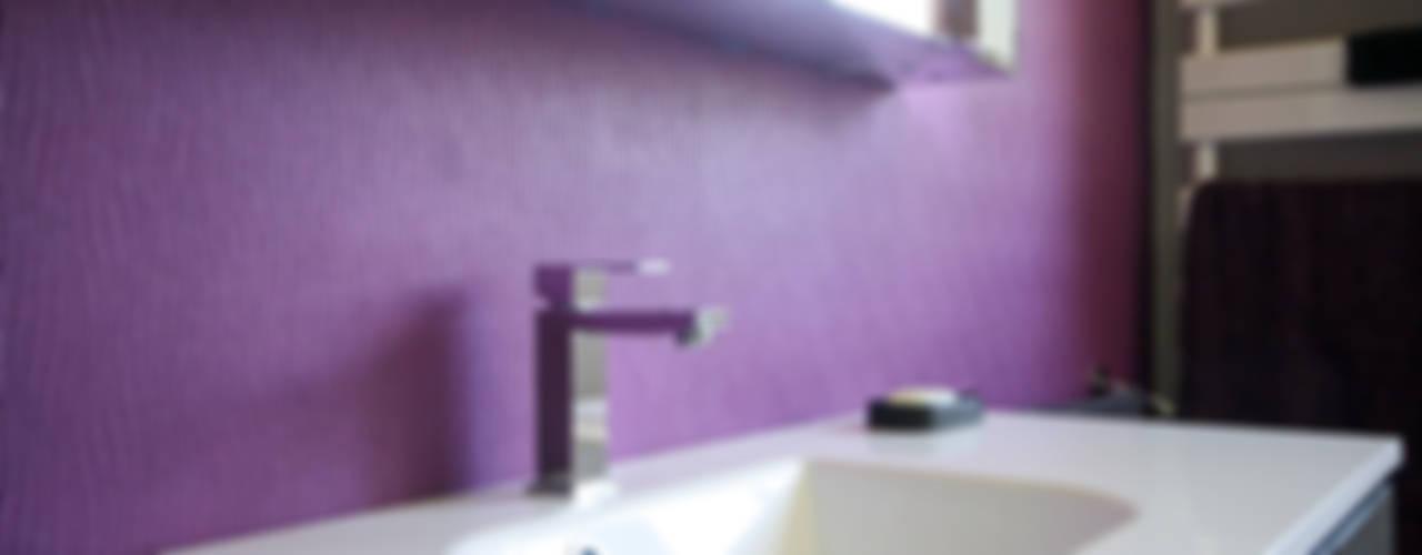 حمام تنفيذ Violaine Denis