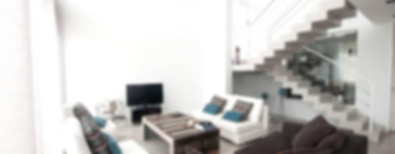 CASA HARAS SANTA MARIA Livings modernos: Ideas, imágenes y decoración de Estudio Arqt Moderno