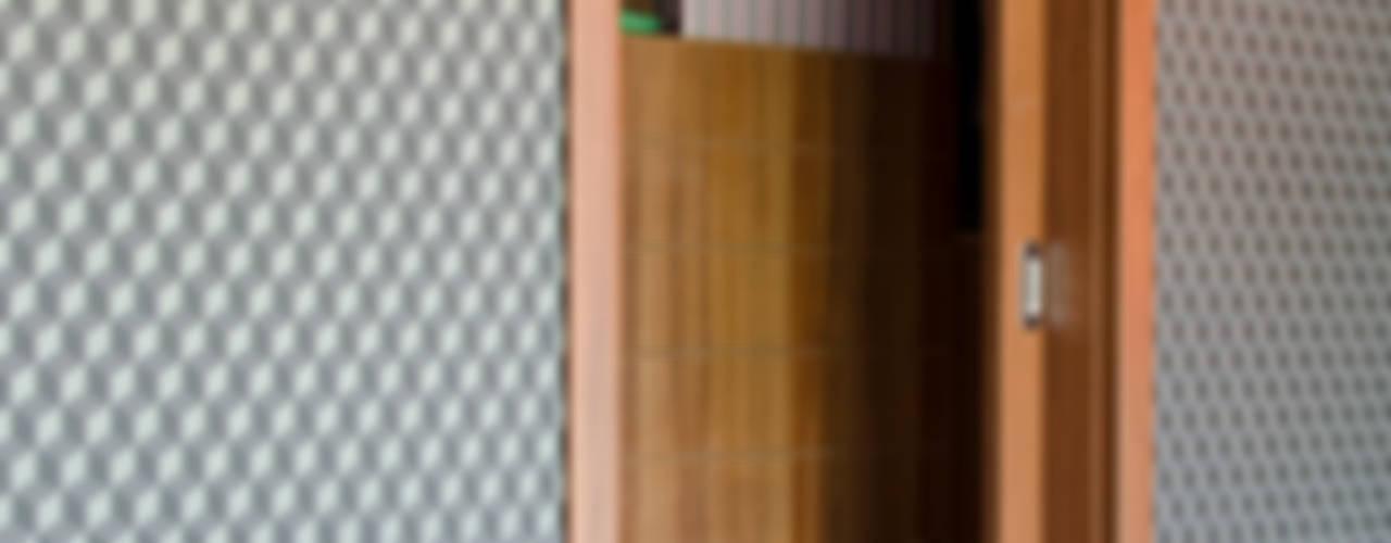 Гардеробная в стиле модерн от Pracownia A Модерн