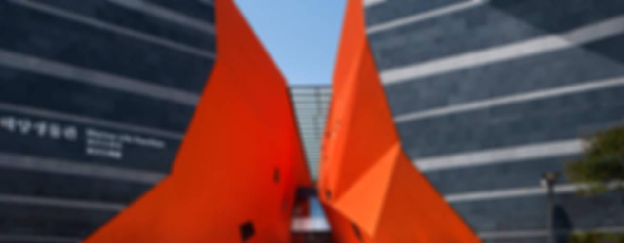 아쿠아플라넷 여수: Gansam Architects & Partners의  전시장,모던
