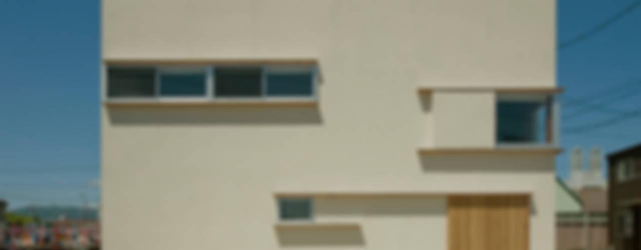 Houses by 浦瀬建築設計事務所, Modern