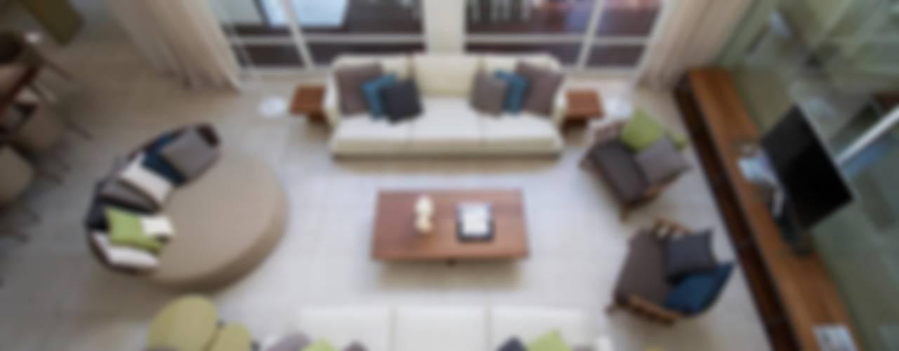 Salas de estar  por Estudio Sespede Arquitectos