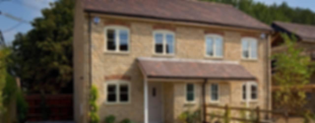 Cotswold Cottage:  Houses by Emma & Eve Interior Design Ltd