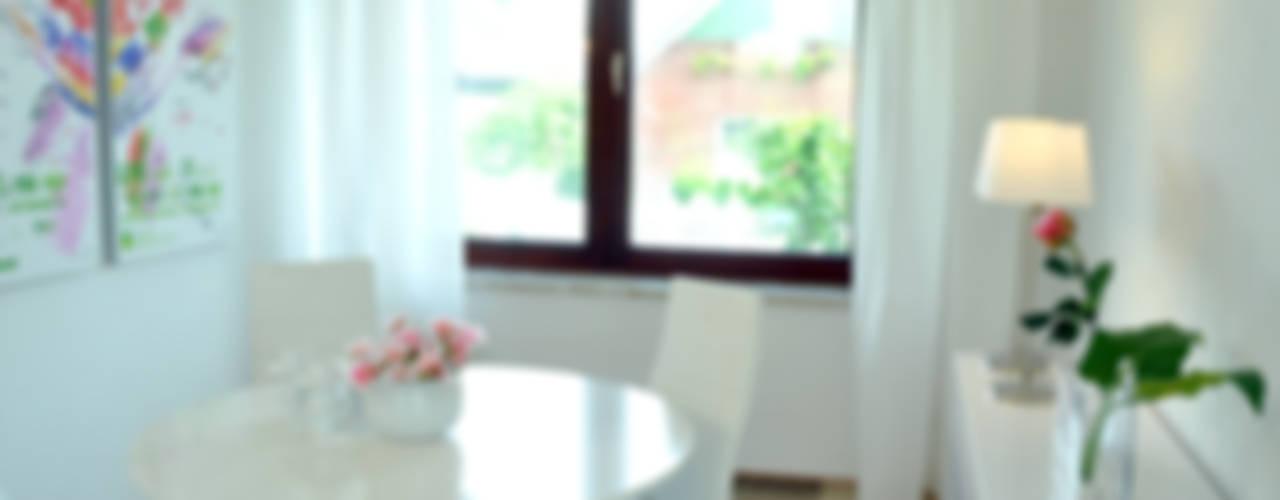 Home Staging Bereich Essen:  Esszimmer von MK ImmoPromotion