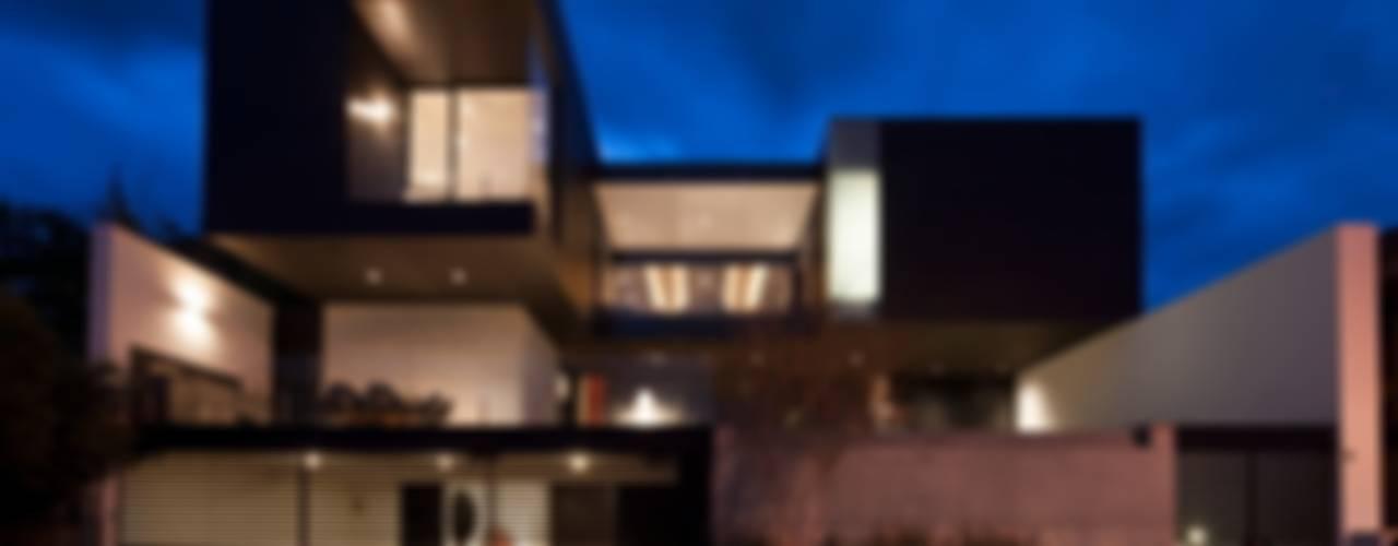 Casa CH: Casas de estilo  por GLR Arquitectos, Moderno
