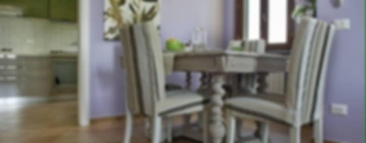 Appartamento Sala da pranzo in stile coloniale di Marianna Leinardi Coloniale