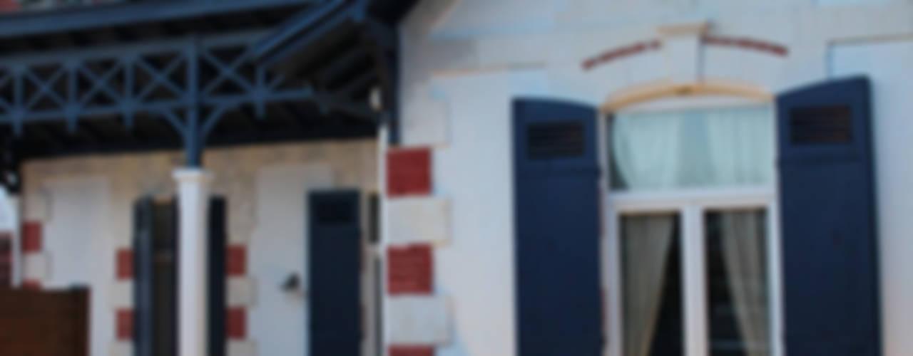 "ARCACHON ""VILLA MONA LISA"" monicacordova Maisons coloniales"