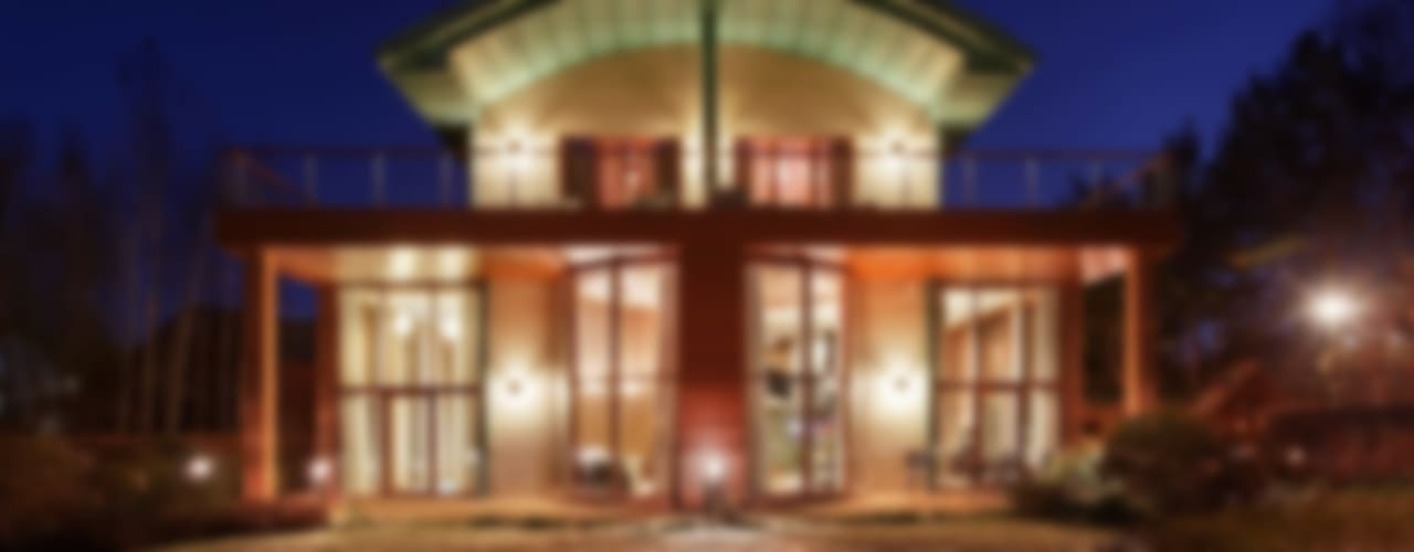 ДОМ В ПОДМОСКОВЬЕ Дома в классическом стиле от АРХИТЕКТУРНОЕ БЮРО АНДРЕЯ КАРЦЕВА И ЮЛИИ ВИШНЕПОЛЬСКОЙ Классический